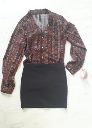 Мини-юбочка темно-синего цвета из фактурной ткани