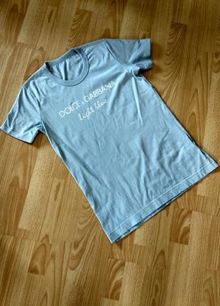 Летняя футболка от именитого бренда dolce & gabbana