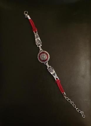 Очень красивый браслет с кожаной вставкой под серебро
