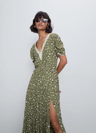 Zara платье в цветочный принт, xs, s, м