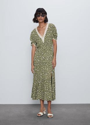 Zara платье в цветочный принт, xs7 фото