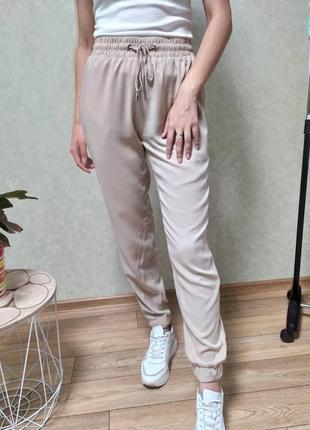 • брюки-джоггеры •