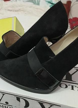 Туфлі,лодочкі