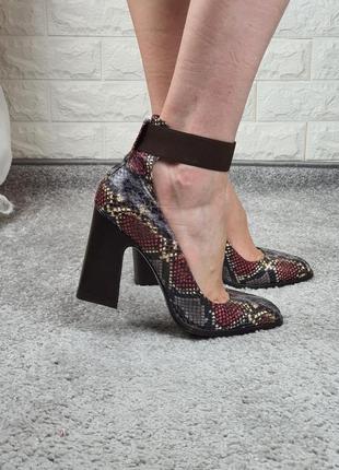 Трендовые туфли с квадратным носком, италия. reda milano