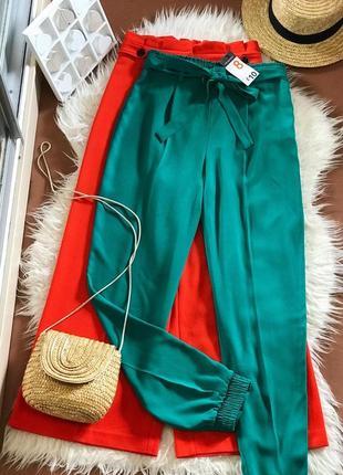 Новые зелёные брюки на высокой посадке с поясом 🌿 primark актуальная модель