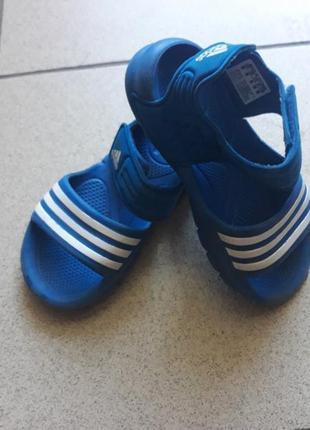 Супер босоножки adidas