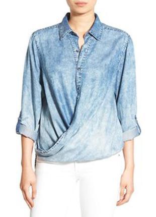 Стильная джинсовая рубашка на запах