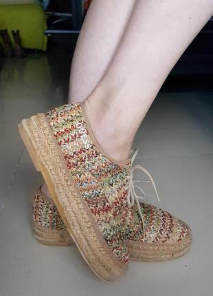 Испанские летние туфли guess на платформе