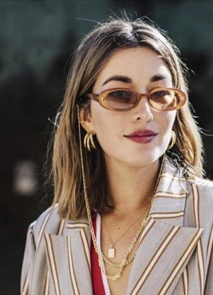 Светлые солнцезащитные очки имиджевые узкие овальные ретро сонцезахисні окуляри