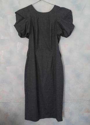 Платье миди с  модными рукавами  и вырезом на спине