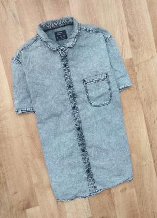 Bershka джинсовкя рубашка