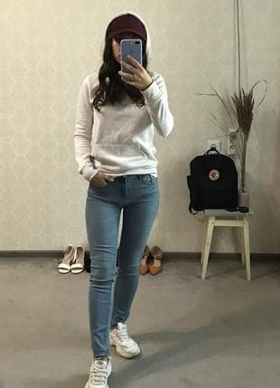 N8 джинсы zara зара джинс голубые легкие женские штаны узкие зауженные