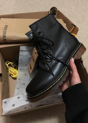 Dr. martens. женские ботинки dr. martens. легендарные кожаные боты dr. martens. новые !