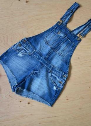 Стильный джинсовый комбинезон с шортами denim co