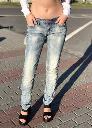 Женские джинсы. джинсы. джинсы женские. жіночі джинси. джинси.