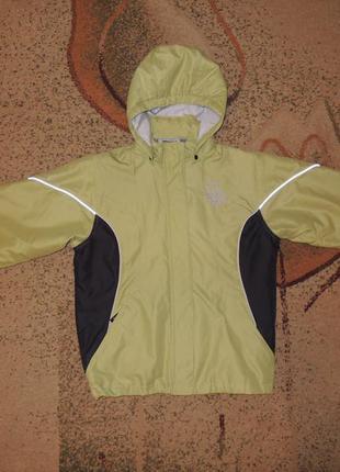 Фирменная демисезонная куртка umbro р. s/m