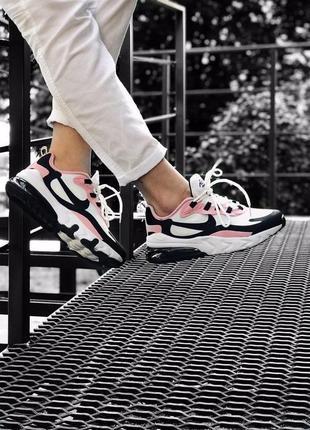 Яркие кроссовки nike с розовыми вставками react 270