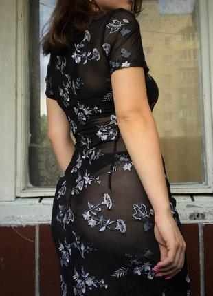 Платье в вышивку karen millen