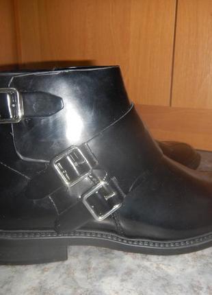 Ботинки из лакового кожзама манго