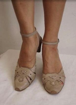 Удобные кожаные босоножки jhay(испания)