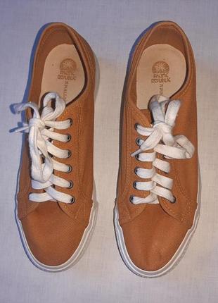 Нлвые кеды/кроссовки на платформе