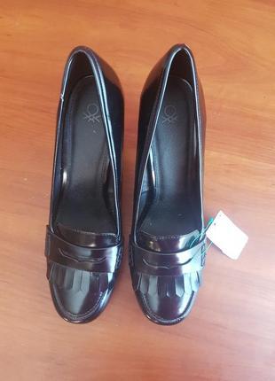 Лаковые туфли р41