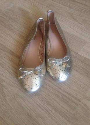 Туфли балетки linea 38 размер