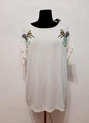 Стильная модная футболка с вышивкой большого размера
