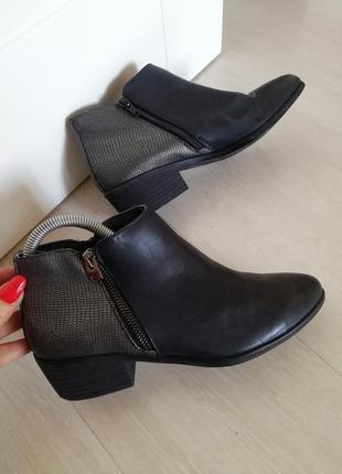 Ботинки италия кожа размер 37 (24см