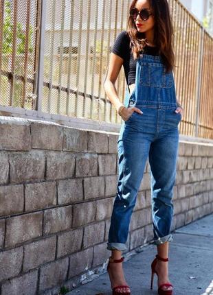 Джинсовый комбинезон от italic jeans