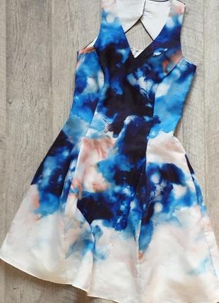 Нереальне плаття з абстрактним принтом сукня дуже