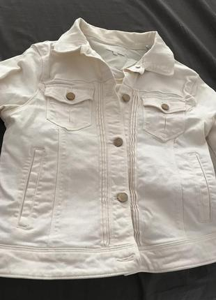 Джинсовая куртка нежно-розовая джинсовка