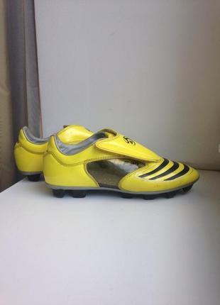 Adidas f30 копачки, кросівки 38 р/ бампы, бутсы, футзалки футбольные