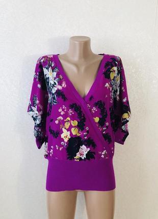 Сиреневая кофта блуза
