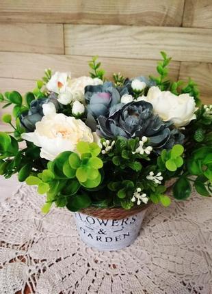 Цветочная композиция, кашпо с цветами flowers and garden, декор для дома