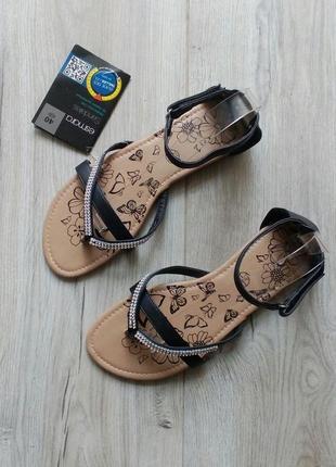 Босоножки сандалии на низком ходу
