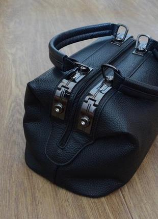 Стильная черная сумка2 фото