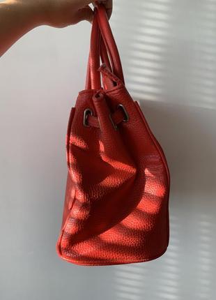 Сумка стиль гермес красная короткие ручки экокожа новая