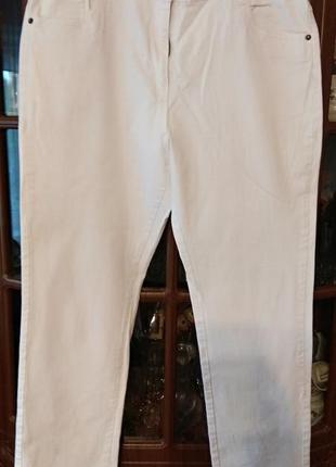 Белые джинсы большого размера 52-54р.