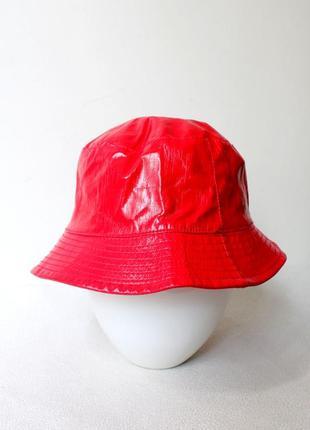 Панама красная