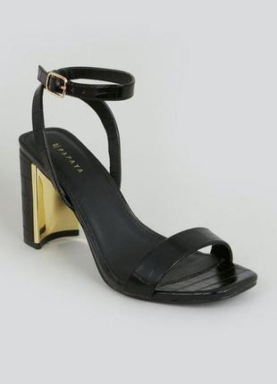 Стильные открытые босоножки туфли на каблуке