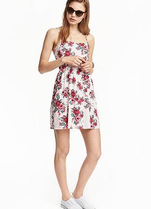 Оригинальное короткое платье от бренда h&m разм. 34