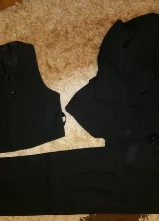 Костюм тройка - пиджак, жилетка, брюки на 7-8 лет