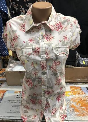 Стрейчевая рубашка в принт цветы