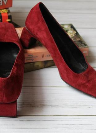 Туфли на каблуке, замша кожа. 39  размер,