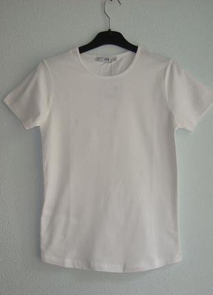 Стильные базовые женские футболки mango