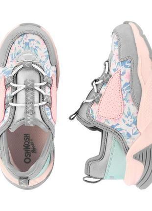 Квіткові кросівки oshkosh