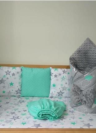 Набор бортиков в кроватку