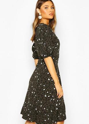 Новое платье в леопардовый принт и актуальными пуговицами2 фото