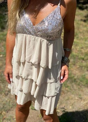 Шикарное нарядное летнее платье италия